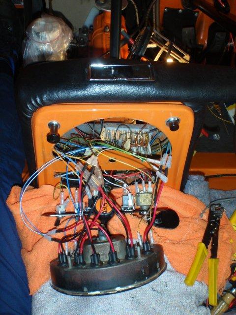 Tacho und Schalter angeschlossen