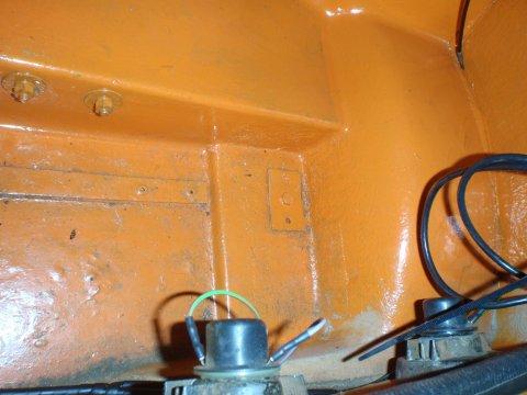 Schraube im Kofferraum