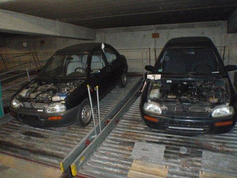 Motorhauben abgebaut