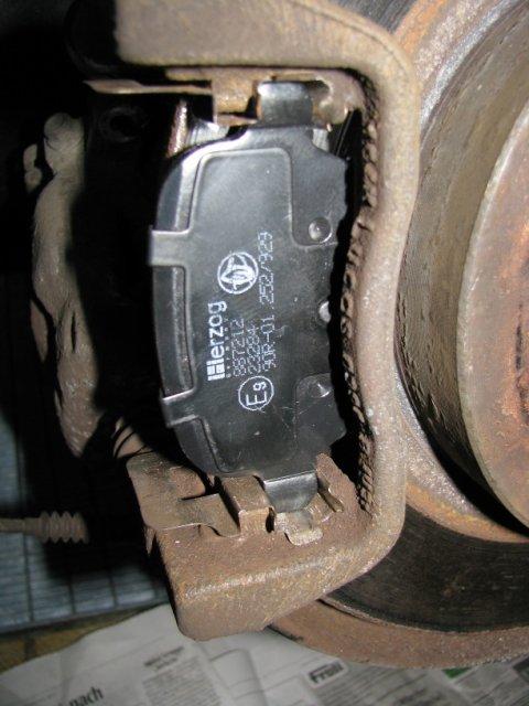 Bremsbacken neu eingebaut