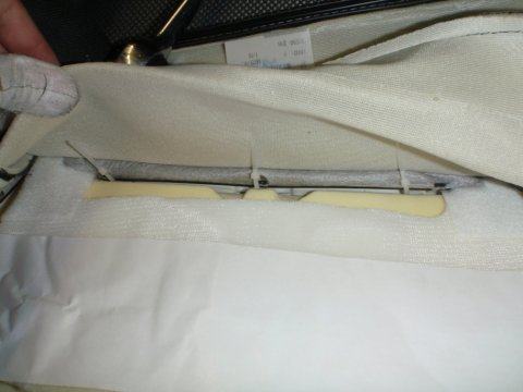 Mittelsteg mit Kabelbindern