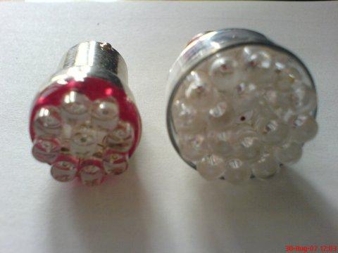 LED-Rücklichter ausgebaut 002