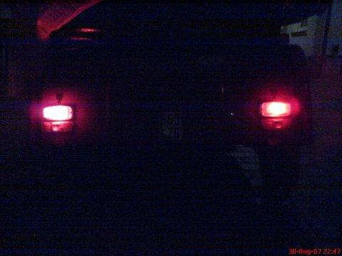 LED-Rücklichter Vergleichstest Dunkelheit 003
