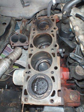 Volvo 740 GL Motorblock gereinigt
