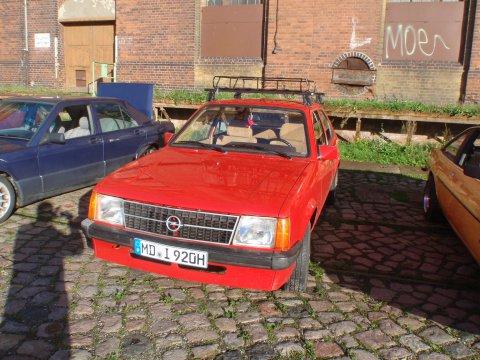Opel Kadett D Front