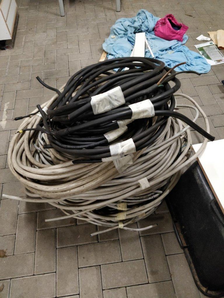 Kabel sortiert.jpg