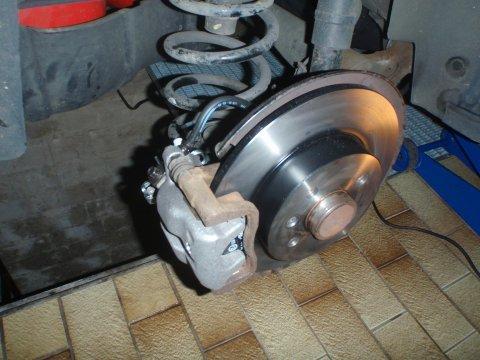 Opel Combo | Bremsanlage hinten | Neuer Sattel, neue Scheibe