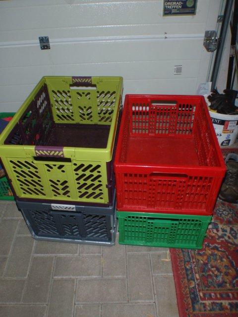 Kisten im Größenvergleich