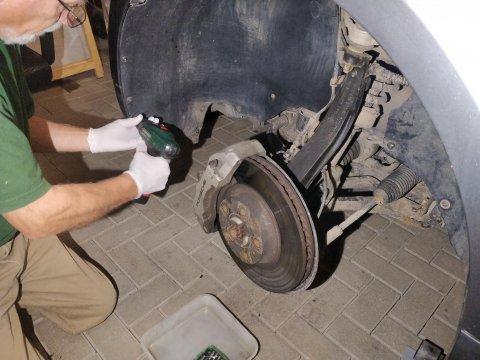 Radhausschale entfernen