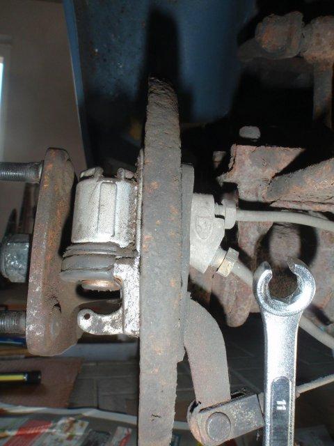 Alter Radbremszylinder freigelegt