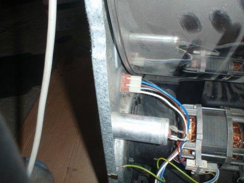 elektrische Anschlüsse Rückwand