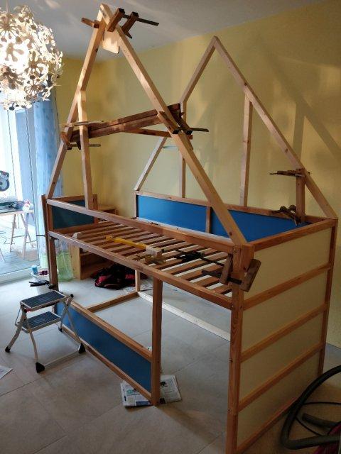 Dachstuhl ausgerichtet